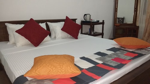 Serendib Garden Resort, Palugaswewa
