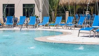 那不勒斯駐橋套房飯店 - 馬可島 Staybridge Suites Naples – Marco Island