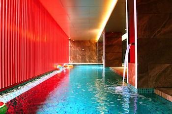 Red Hotel Cubao