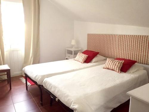 Apartment With 3 Bedrooms in São Martinho do Porto, With Furnished Ter, Alcobaça