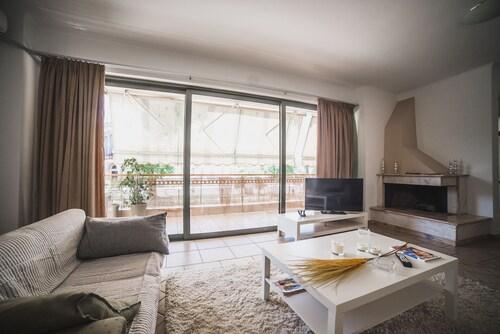 . Nefeli City Apartments