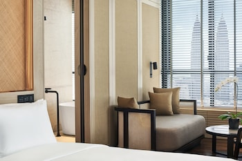 Deluxe Suite with Butler Service
