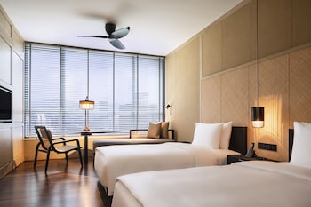Grand Twin Room with Minibar
