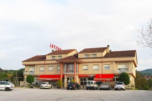 . Hostal-Restaurante o Mirador