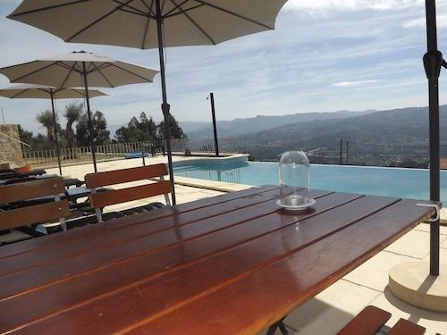Villa With 4 Bedrooms in Letrigo, With Wonderful Lake View, Private Po, Arcos de Valdevez