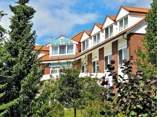 . Hotel Trebeltal