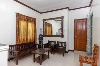 RACHEL'S BED & BREAKFAST Lobby Sitting Area