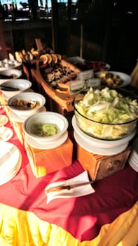 ROMAN EMPIRE PANGLAO BOUTIQUE HOTEL Breakfast Meal