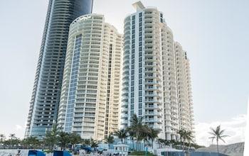Marenas Beach Resort by MDR