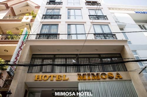 Mimosa Hotel, Quận 10