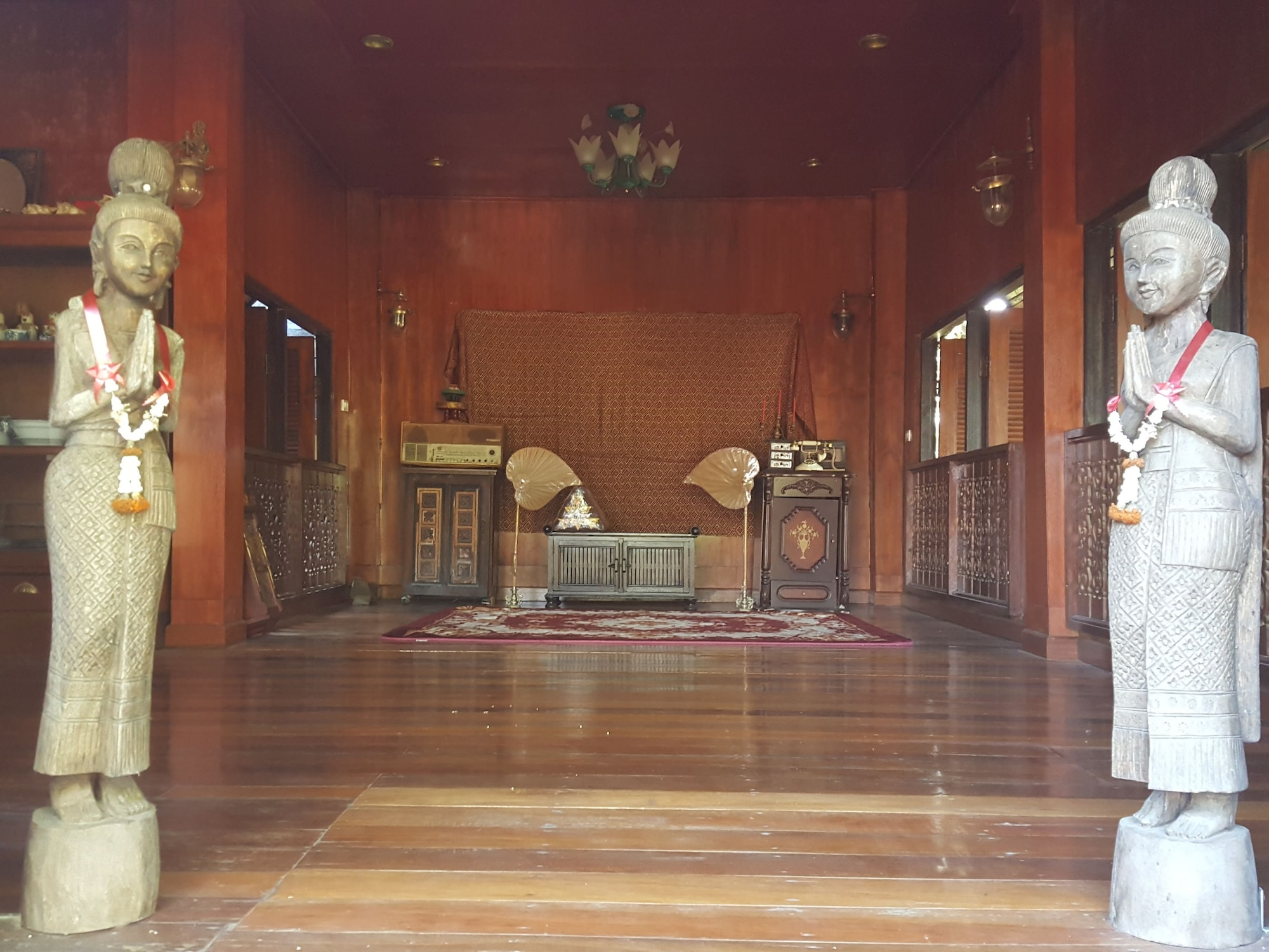 Ruenwimarn, Mae Lao