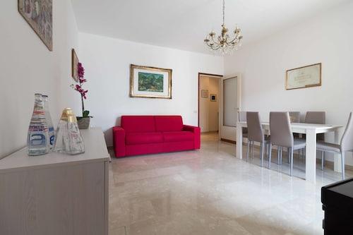 . Manzoni Two-Bedroom Apartment