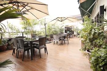 OYO 108 SPIRAL SUITES Terrace/Patio