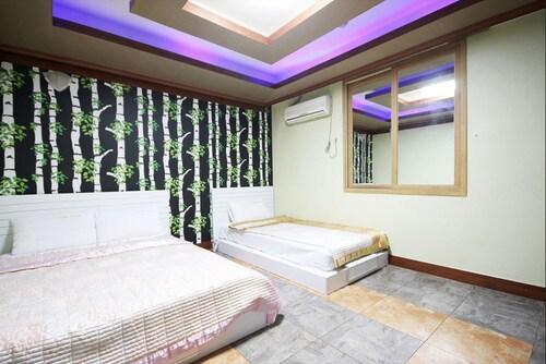 Regent Motel, Gwangsan