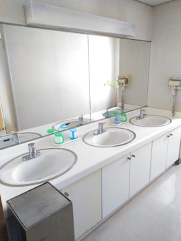 BUSINESS RYOKAN HARADA Bathroom Sink