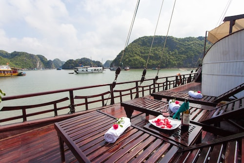 Sunlight Cruise, Hạ Long