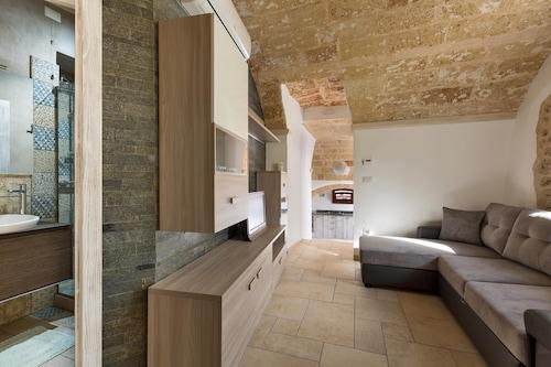 Loft Eva, Lecce