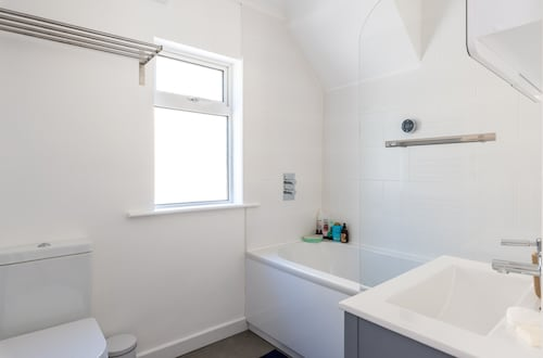 3 Bedroom Home With Garden Near The Beach, Brighton and Hove