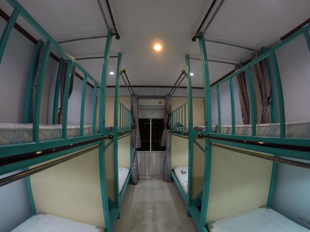 The station Hostel