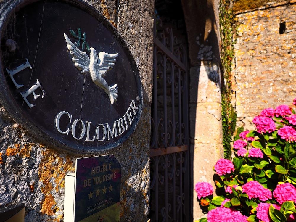 Chateau Le Colombier Chambres D Hotes Carentan Les Marais