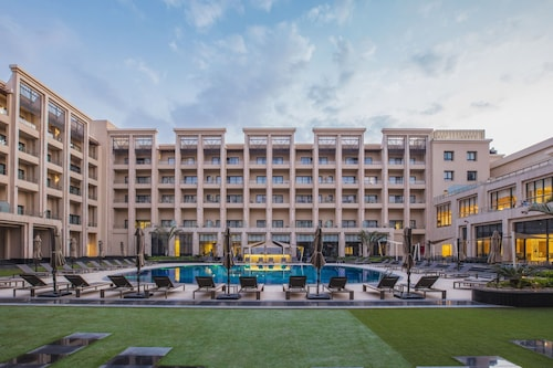 Triumph Luxury Hotel, New Cairo 1
