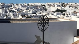 House With 2 Bedrooms in Vejer de la Frontera, With Wonderful Mountain