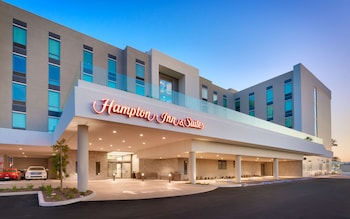 安那翰渡假村會議中心歡朋套房飯店 Hampton Inn  & Suites Anaheim Resort Convention Center
