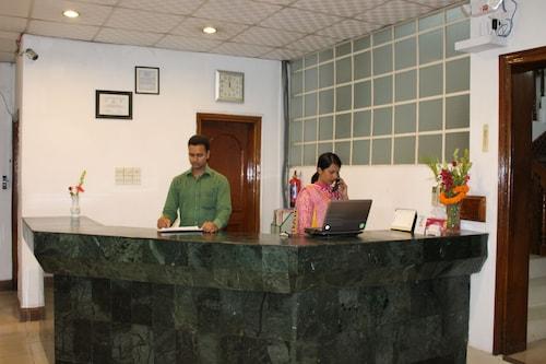 Aristocrat Inn, Dhaka