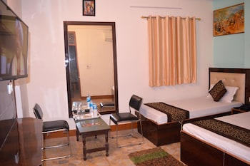 Hotel - Hare Rama Guest House