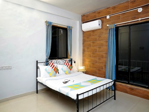. OYO 19625 Home Alluring 2BHK Karla Caves