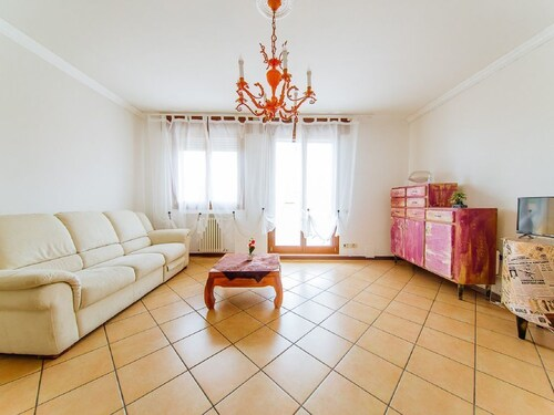 . Romy charmy flat