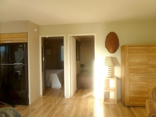 Apartment With 2 Bedrooms in Le Diamant, With Wonderful Mountain View,, Le Diamant