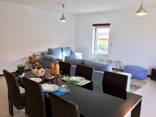 Best Houses 2 - New & Modern Apartment Beach, Peniche