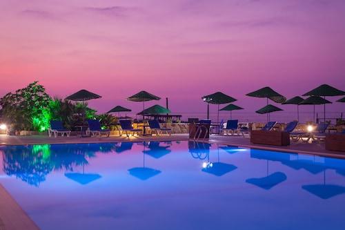 Manolya Hotel