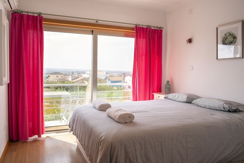 Best Houses 6 - Gorgeous House Sea View, Peniche