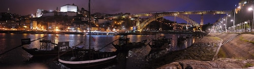 Apartment With one Bedroom in Porto, With Furnished Terrace and Wifi -, Porto