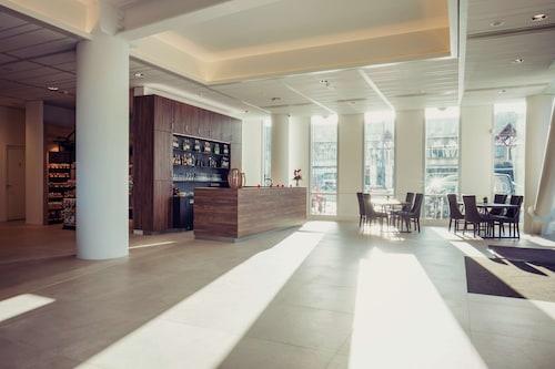 . Best Western Plus Plaza Almere