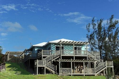 . Sunsplash House by Eleuthera Vacation Rentals