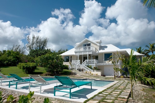. Driftwood by Eleuthera Vacation Rentals