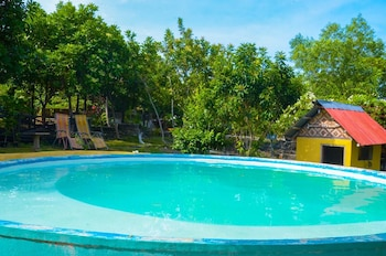 BOUGAINVILLEA PARADISE CAMPGROUND Outdoor Pool