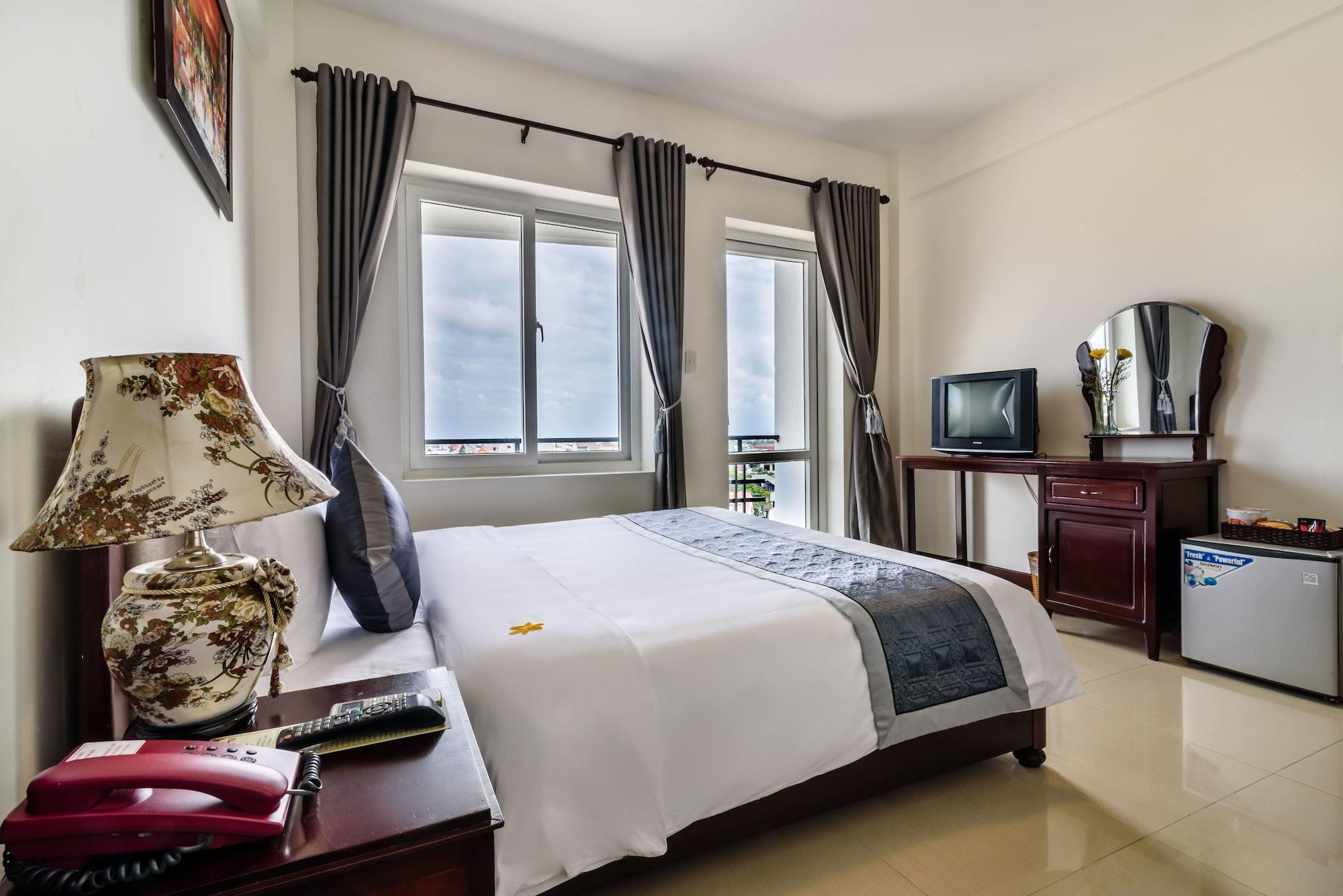 Baly Hotel, Huế