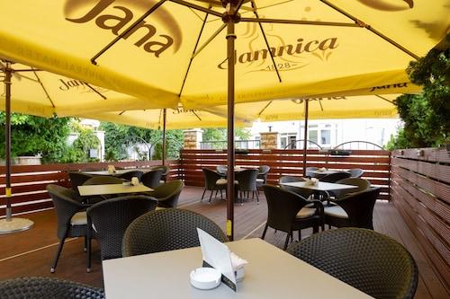 . Hotel Vila Tina