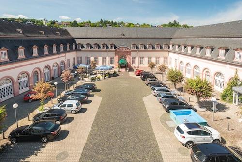 . Schlosshotel Weilburg