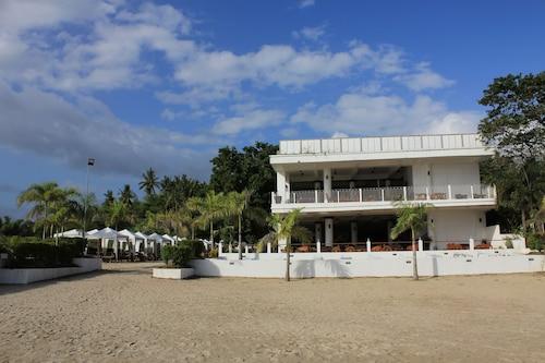 Laiya White Cove Beach Resort, San Juan