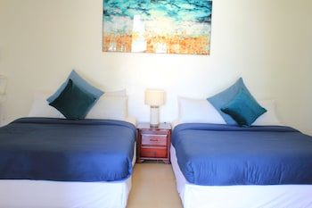 LAIYA WHITE COVE BEACH RESORT Room