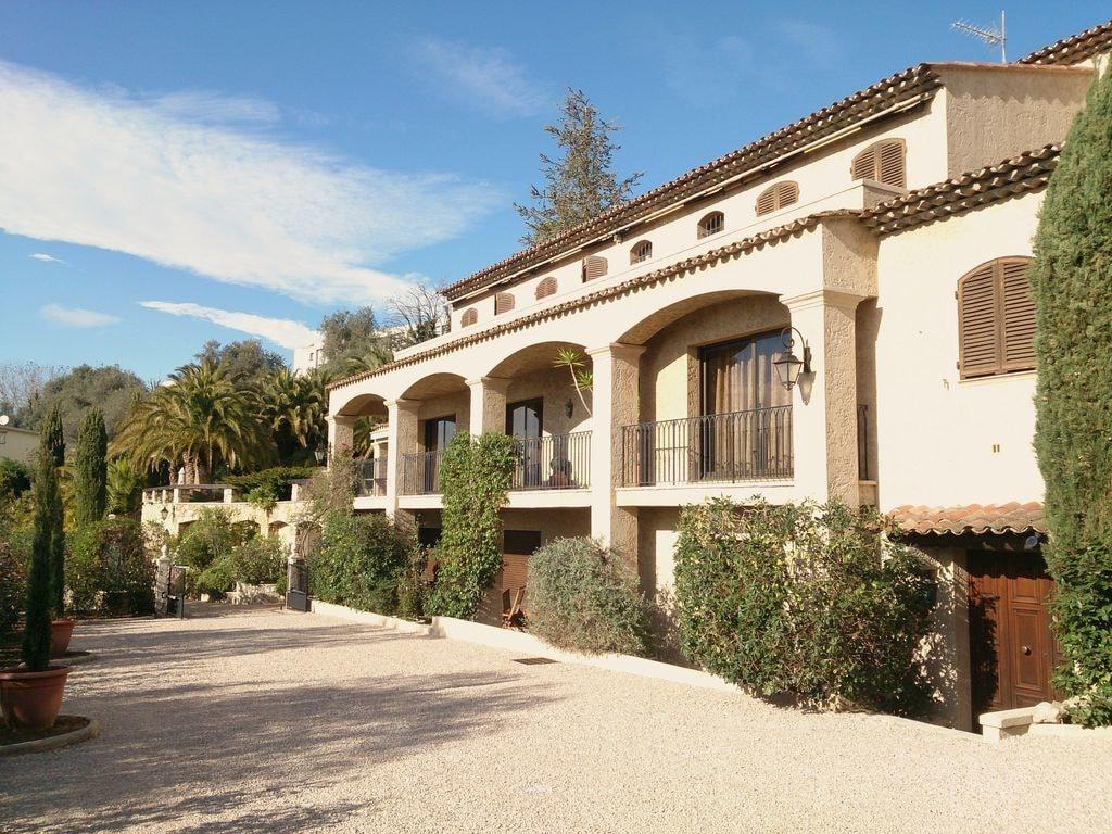 Villa Loucisa Nice - Reviews, Photos & Offers