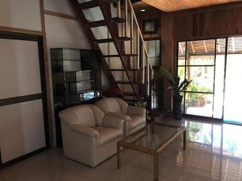 BOHOL GARDEN HOMES Living Room
