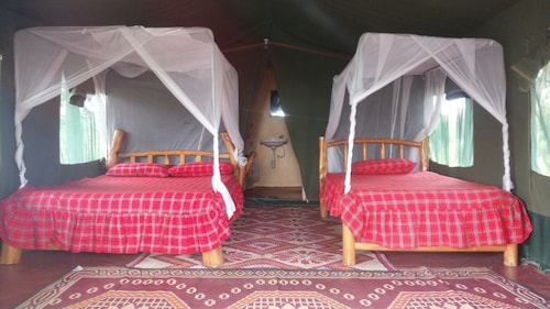 Masai Mara Manyatta Camp, Narok West