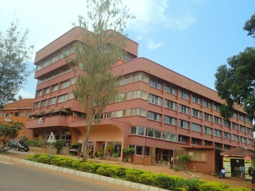 Entebbe Flight Motel, Busiiro