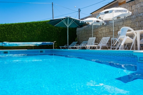 Villa With 5 Bedrooms in Alvite, With Wonderful Mountain View, Private, Cabeceiras de Basto